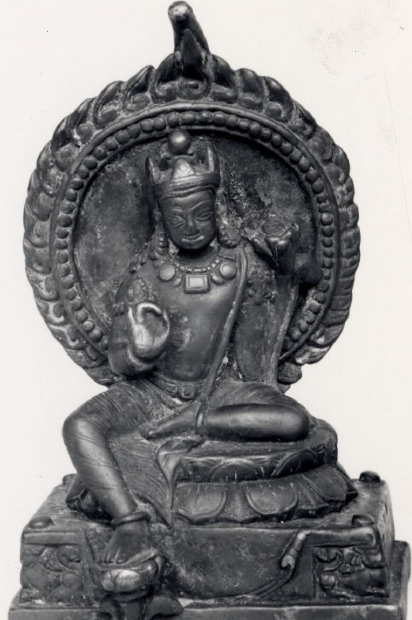 Compare this 9th-C Indian bodhisattva (British Museum)...